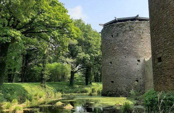 sur la commune d'herbignac le château médiévale de ranrouët - Camping Les Parcs