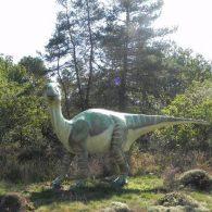 le parc de la préhistoire de bretagne, un parc à thème sur les dinosaures et l'évolution de l'homme - Camping Les Parcs