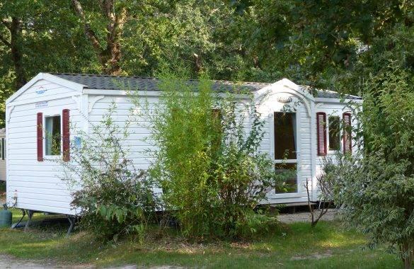 un mobil home 4/5 places - Camping Les Parcs